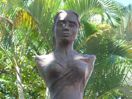 Os anna hilkevich aumentam em um peito